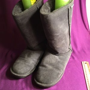 BearPaw  Grey suede Boots